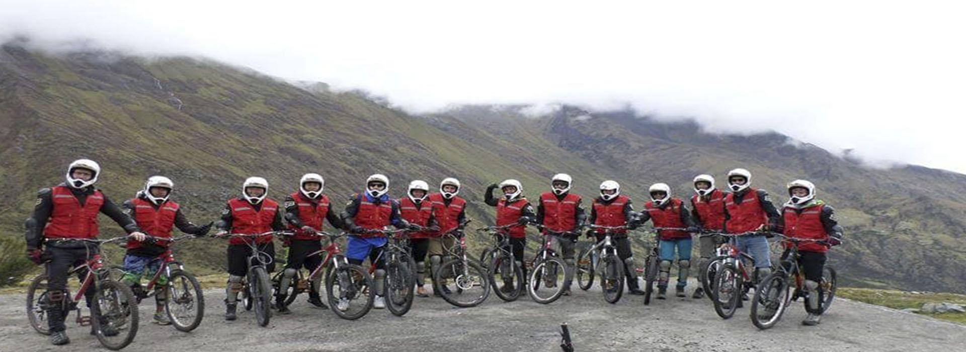 Inka Jungle Trek to Machu Picchu 4 days return by bus last day