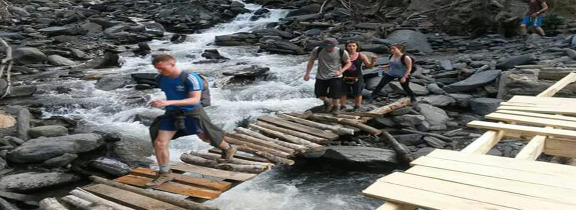 Inka Jungle Trek to Machu Picchu 4 days return by train last day